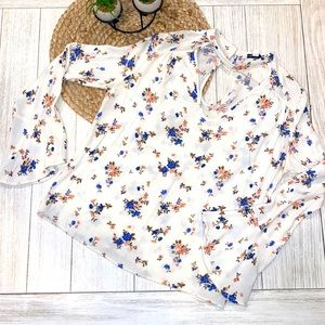 American Eagle Outfitters floral boho blouse small